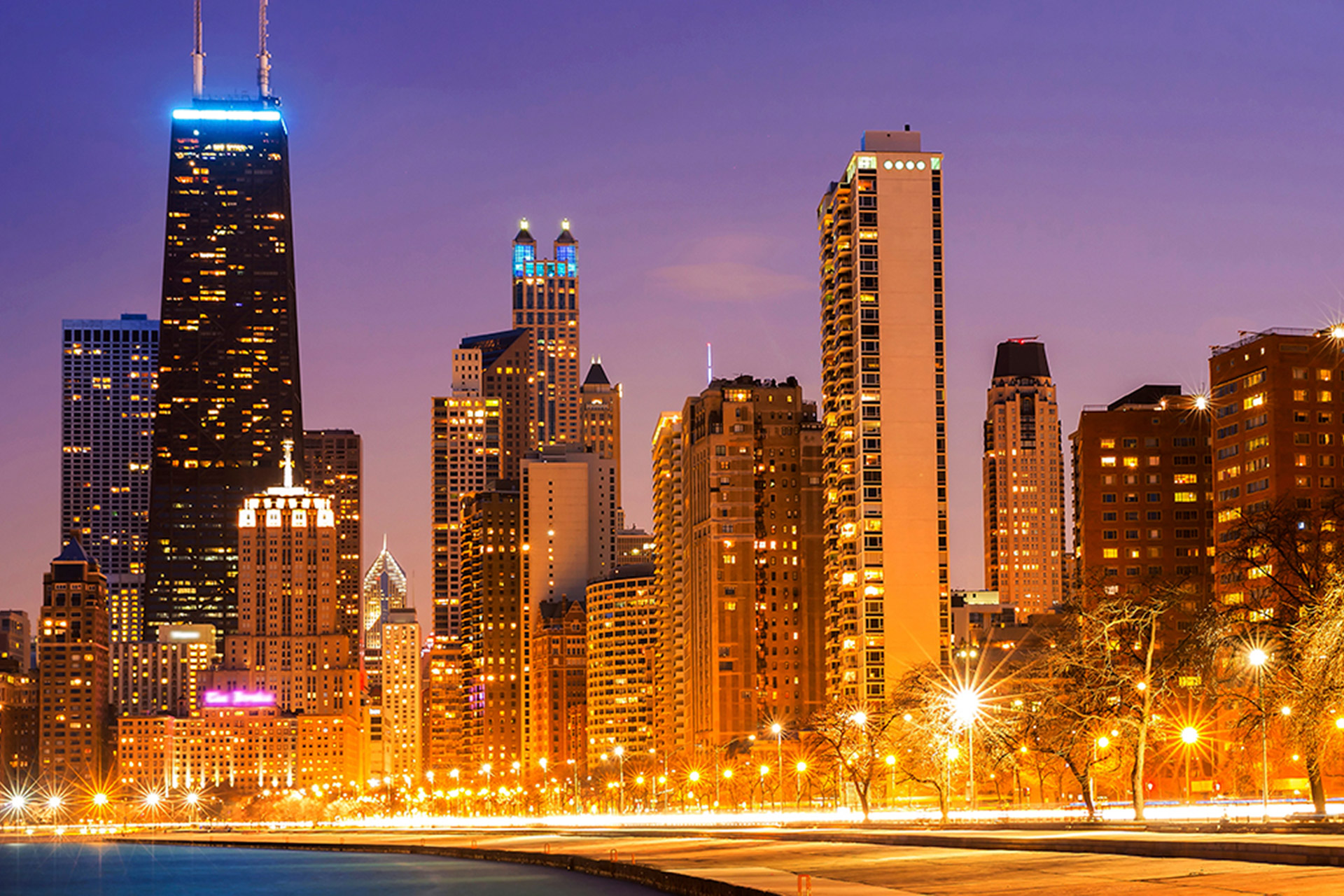Downtown Chicago skyline at night
